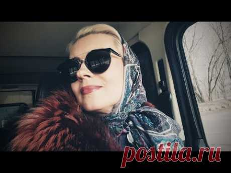 Как носить платок? Что такое твил, атлас и шифон? Модные советы Таши Шестопаловой #2.