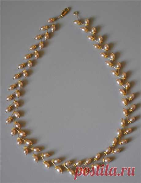 Жемчужное ожерелье на штифтах