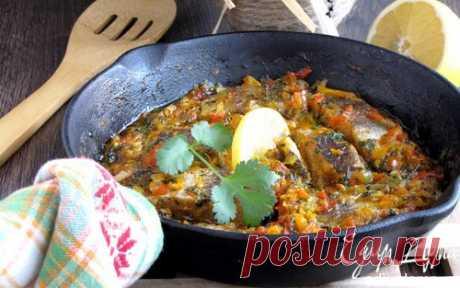 Белая рыба, запеченная в пикантном соусе | Кулинарные рецепты от «Едим дома!»