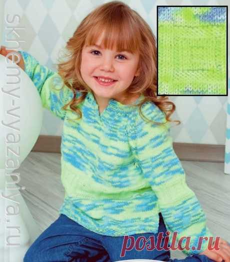 Джемпер для девочки из секционной пряжи с рельефными квадратами. Схема вязания спицами и описание.