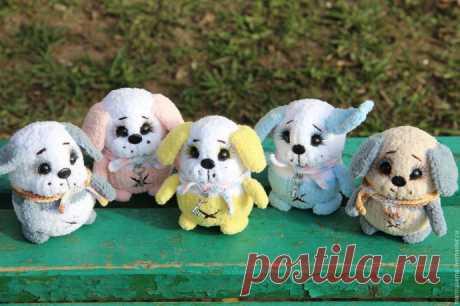 Вязаные собачки - символ грядущего года!