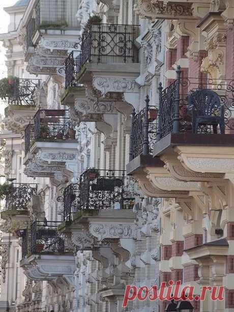 Балконы Парижа ...