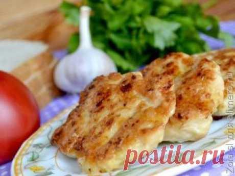 Котлеты из нарезанного куриного филе известны наверное всем. Я обожаю такие Они получаются мясными-мясными в отличие от котлет из фарша. Сегодня я решила приготовить их на обед. Ду...