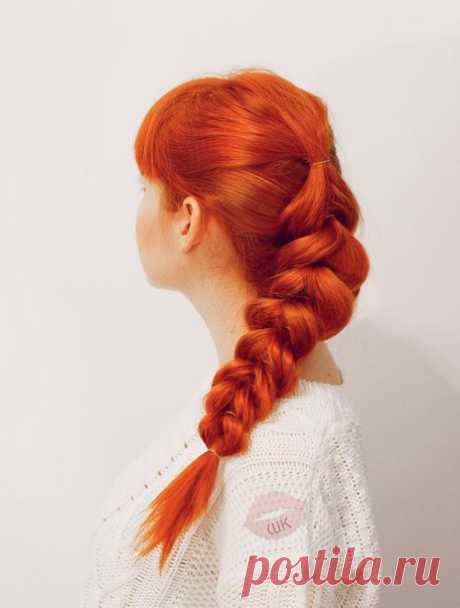 Запись на стене Популярная коса на резинках! Сохрани себе на стену и пробуй повторять за нами ❤