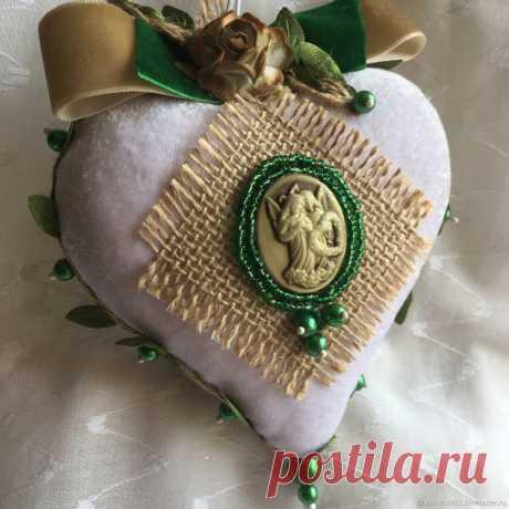 Подарки на 14 февраля: Сердце с камеей – купить онлайн на Ярмарке Мастеров – NK502RU | Подарки на 14 февраля, Волгодонск