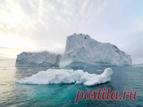 Ученые рассказали, когда в Арктике растает весь лед Всему виной глобальное потепление.