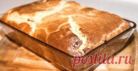 Лучшего теста для наливных пирогов просто не бывает! Основное его преимущество — тесто без майонеза, а на кефире