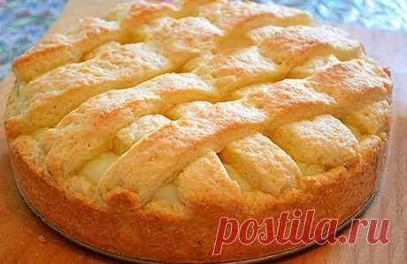 Яблочный пирог с заварным кремом |