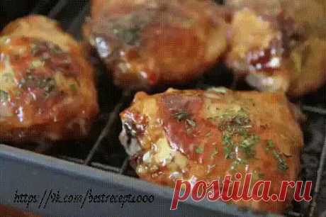 Жареные куриные бёдрышки, как шашлык! Продукты: бедрышки куриные 6 шт. чеснок 1-2 зубчика соль, перец, любимые специи Показать полностью…
