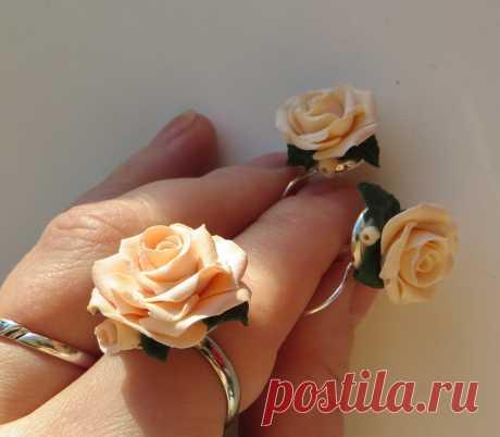"""комплект """"кремовые розы"""""""