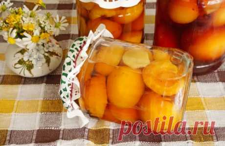 Абрикосы в сиропе на зиму (4 фоторецепта) Hello! А вы любите консервированные фрукты? Ммм… объедение, а как на счет того, чтобы закрутить сегодня пару баночек абрикосов, но
