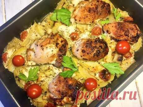 Курица в кефире  Ингредиенты:  Бедра куриные — 600 г Картофель — 6 шт. Черри — 6 шт. Кефир — 200 мл Чеснок — 3 зубчика Соль — 1 г Перец (смесь) — 1 г Базилик — 1 г Прованские травы — по вкусу  Приготовление:  1. В кефир выдавить через пресс чеснок, добавить специи, соль, перец и замариновать филе бедра на 30 минут. 2. Картофель нарезать ломтиками, уложить в противень, полить оливковым маслом, посыпать приправами, солью, перцем, нарезать мелко чеснок и перемешать всё прямо ...