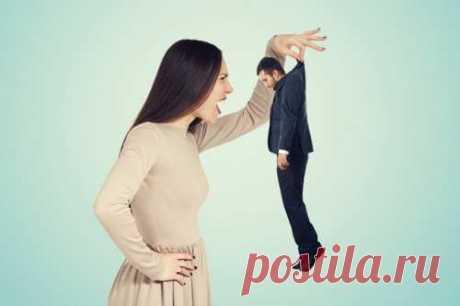 В отношениях меж мужчиной и дамой все разносторонне. Нередко встречаются ситуации, когда мужчина много обещает, но не делает. Дамы, в свою очередь, накапливают обиды и недопонимания, не разбираясь в сути трудности. Что может привести к разрыву в отношениях.