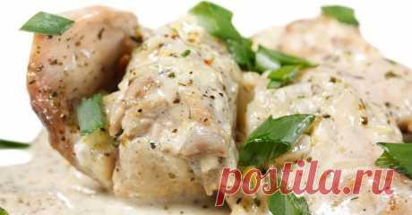 Гульчехра по-узбекски - курица в сметанном соусе на сковороде