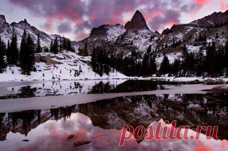 Отражения гор Jack Brauer (Интернет-журнал ETODAY)