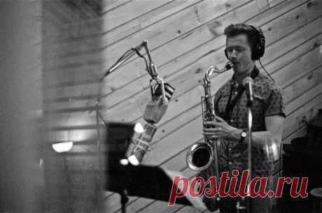 Джазовый саксофонист Азат Баязитов