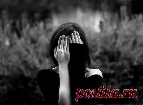 ПРОЩЕНИЕ: невротическое и реальное... В жизни каждого человека, семьи или пары случаются ситуации, которые расстраивают и обижают. Таким образом, человек или пара сталкиваются необходимостью прощения. В этой статье вы узнаете какие бывают варианты прощения...