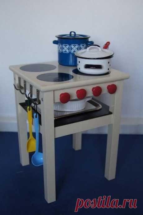 Детская кухня из стульчика