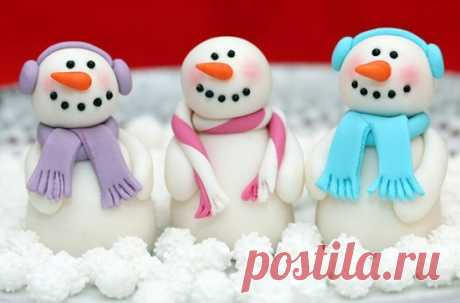 Снеговик из пластилина