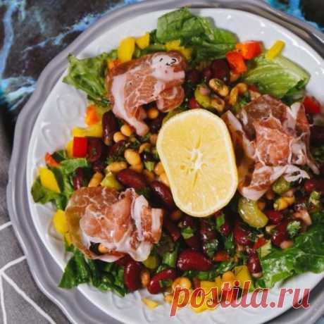 Салат с фасолью и окороком от Woman.ru