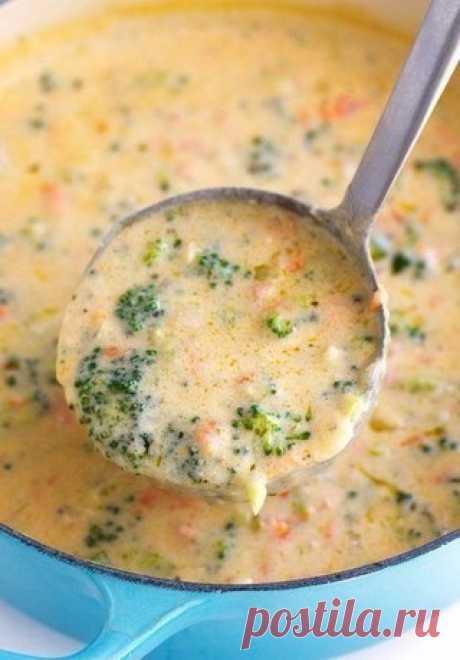 Сырный суп (с шампиньонами и брокколи).   Ингредиенты:   Шампиньоны — 5-7 шт.  Показать полностью…