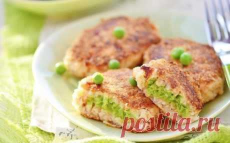 Рыбные котлетки с зеленым горошком — прекрасный ужин для любимых!