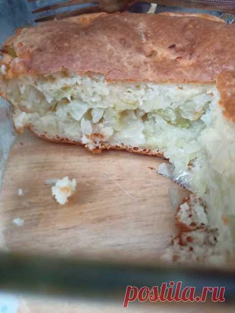 Много лет готовлю так заливные пироги, а капустная начинка, приготовленная особым способом, делает блюдо идеальным | Ленивая хозяйка. Кухонные эссе | Яндекс Дзен
