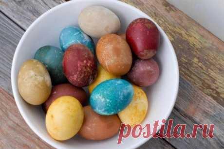 Красим пасхальные яйца без химии Натуральные красители. | Colors.life