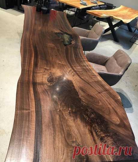 Очень естественный стол