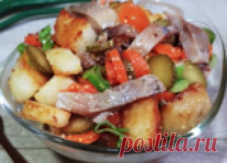 Необычный и вкусный салат из селёдки