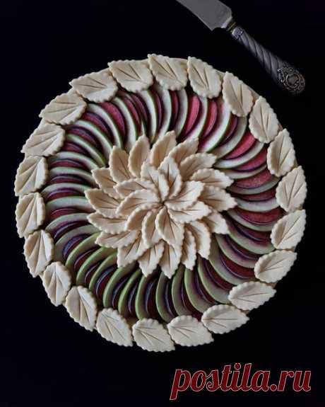 Оригинальное украшение пирогов