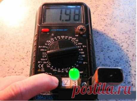 Simple sampler for check of light-emitting diodes