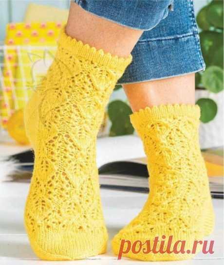Подборка красивых носков спицами. Схемы и описание.