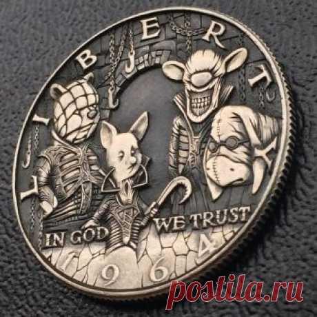 Мастер чеканки: россиянин делает первоклассные монеты с потайными отсеками