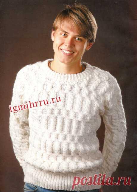 Мужской коричневый пуловер с застежкой поло. Вязание спицами для мужчин
