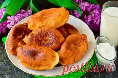 Пышные пирожки из пакета кефира: рецепт с фото пошагово
