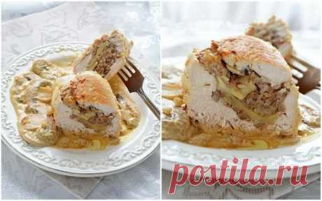 Как приготовить куриные грудки фаршированные гречкой и шампиньонами, тушенные в сливочно-грибном соусе. - рецепт, ингридиенты и фотографии