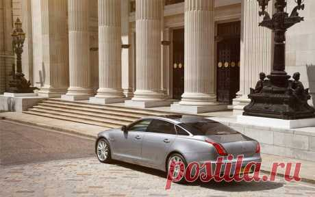 Jaguar XJ – это уникальный характер во всем.