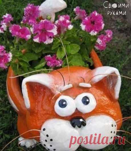 Садовый горшок Котик из пластиковой бутылки