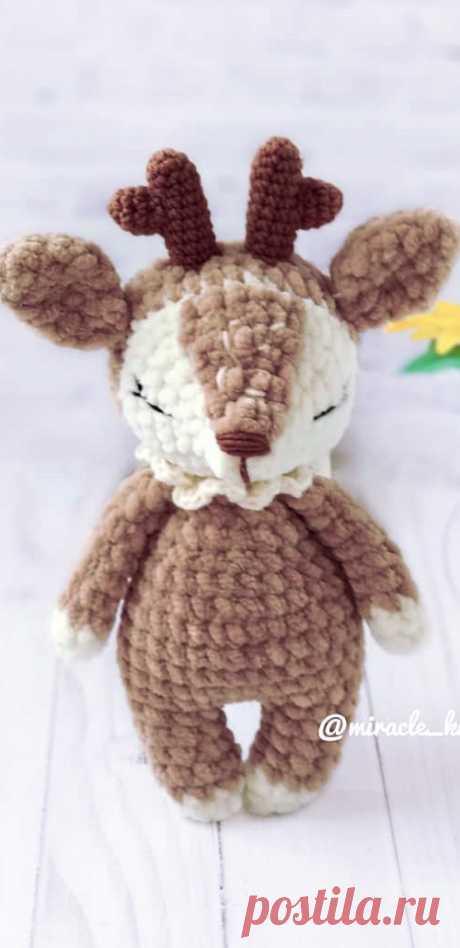 PDF Няша-Оленяша крючком. FREE crochet pattern; Аmigurumi animal patterns. Амигуруми схемы и описания на русском. Вязаные игрушки и поделки своими руками #amimore - олень, плюшевый оленёнок.
