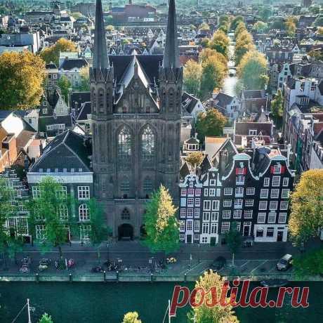 Меловая церковь в Амстердаме, Нидерланды