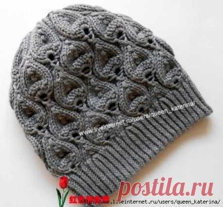 Симпатичная шапочка, связанная на спицах