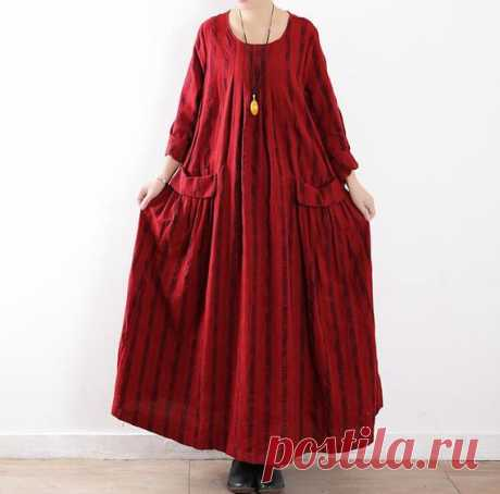 Linen red woman dress, long Loose Fitting Maxi Dress, Long Sleeved Linen Dress, Prom maxi dress 【Fabric】 linen 【Color】 Red 【Size】 Shoulder width 40cm / 16 Sleeve length 55cm / 21 Bust 114cm/ 44 Length 124cm/ 48 Bottom circumference 260cm / 101  Have any questions please contact me and I will be happy to help you.