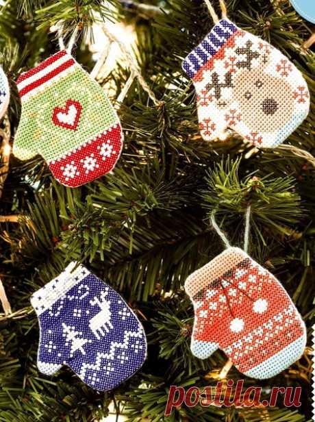 Новогодние схемки для вышивки крестом