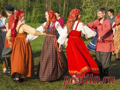 Что означает праздник Красная горка Пасхальная неделя— это время, наполненное радостью для всех православных людей. Особое значение придается воскресенью Светлой недели, внароде называемому Красной горкой.