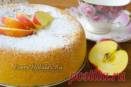 Шарлотка с яблоками по ГОСТу в духовке, рецепт с фото Если вы хотите испечь классическую шарлотку с яблоками в духовке, то лучше всего приготовить ее по ГОСТу - тогда вам гарантирован красивый и вкусный результат. Наш рецепт с фото расскажет вам, как и что делать.
