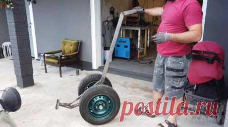 Колесный рычаг для поднятия различных тяжестей В данном обзоре автор показывает, как сделать колесный рычаг для поднятия различных тяжестей. Приспособление может пригодится в частном доме или на