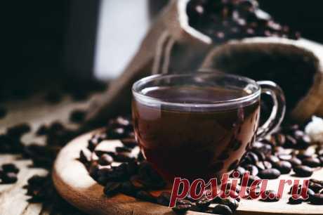 Безалкогольные напитки. Кофейная серия. Итальянский кофе без кофемашины            Приготовить вкусный кофе без кофемашины можно тремя способами: в кофеварке «мока», френч-прессе или заварочном чайнике. Если вы используете френч-пресс или заварочный чайник, то лучше взять…
