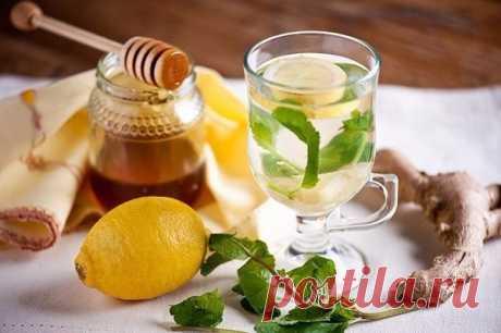 El té antiinflamatorio de la cúrcuma y el jengibre.