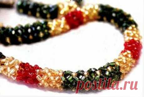 """Волнистые жгуты и """"Змейка"""" Колье, бусы, ожерелья – Бисерок Нежные волнистые жгуты из бисера и бусин. Подробные схемы их плетения. Красивые украшения своими руками."""